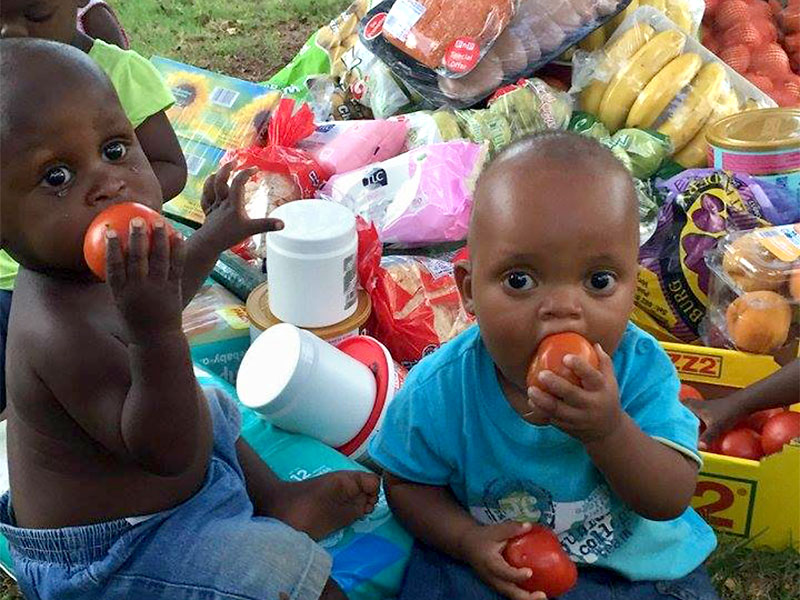 ihr-sollt-leben-kinder-mit-lebensmittelspenden